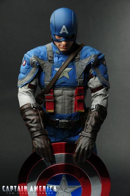 Captain America Hot Toys Avengers