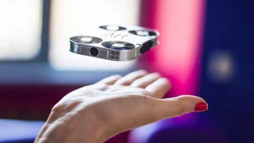 英國 AirSelfie 超迷你自拍無人機 通過設計 AirSelfie