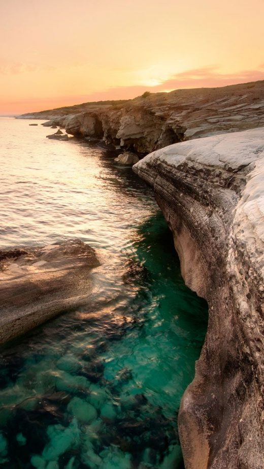 Download iPhone 5 Retina Display HD Wallpapers