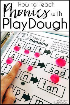 Use Playdough to Teach Phonics