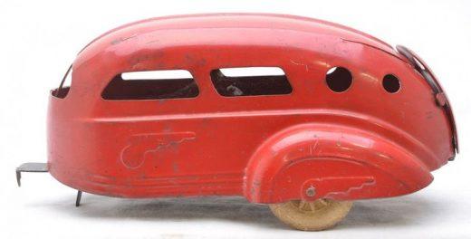 487: Wyandotte Toys Red Pressed Steel Camper Trailer on