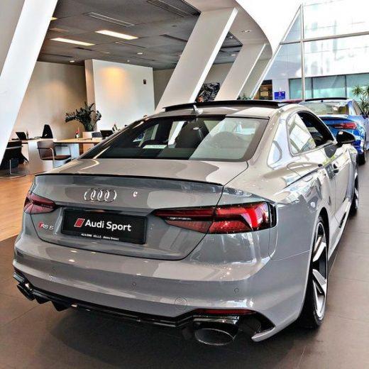 Amazing Audi RS5!!!
