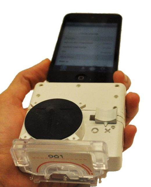 Cheap Smartphone Dongle Can Test for Disease