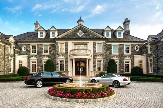 Empty megamansions of the super rich