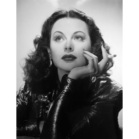 Hedy Lamarr Canvas Art – (16 x 20)