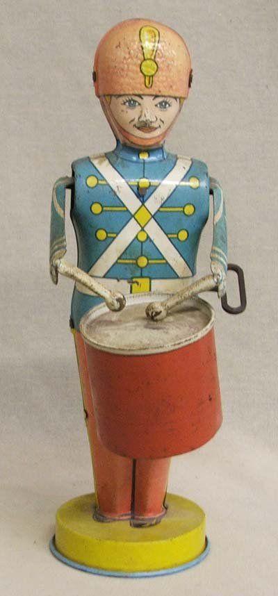 1162: Antique Tin J Chein Wind Up Toy Soldier Drummer : Lot 1162