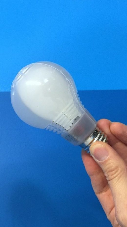 Cree's LED light bulb: It looks and works like the real thing