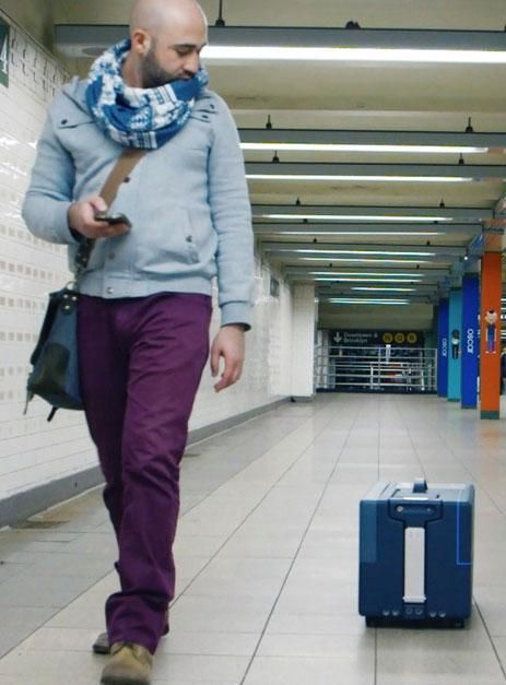 The suitcase of the future will follow you around like a puppy