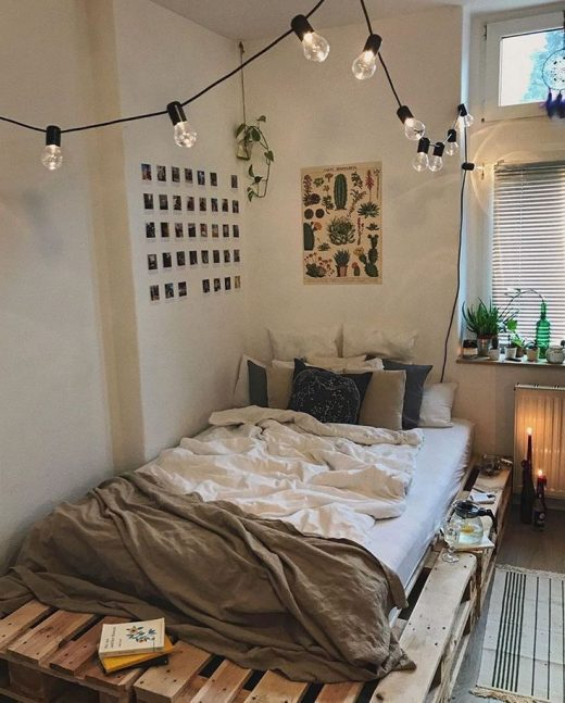 6+ Best Small Bedroom Ideas (Maximize Limited Space)