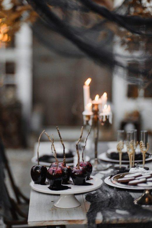 How to Throw a Tasteful (Not Tacky) Halloween Wedding