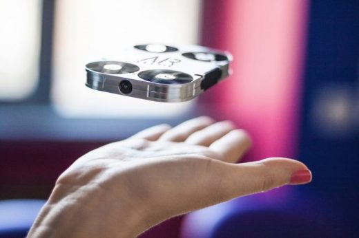 AirSelfie mini drone uses 5MP camera to take your selfie – SlashGear