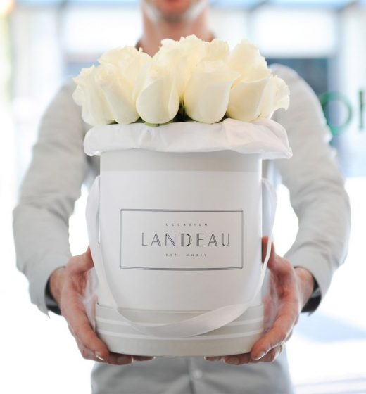 Meet The Fashion Set's New Favorite Flower Service