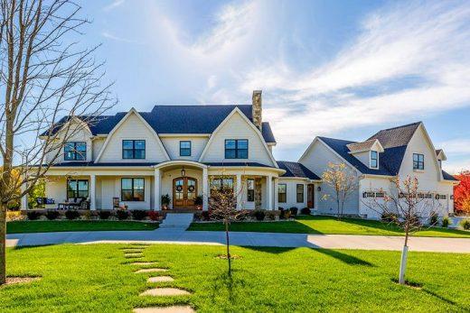 Plan 890115AH: Modern Farmhouse Meet Luxury
