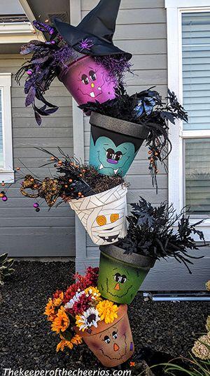 Halloween Topsy Turvy Pots