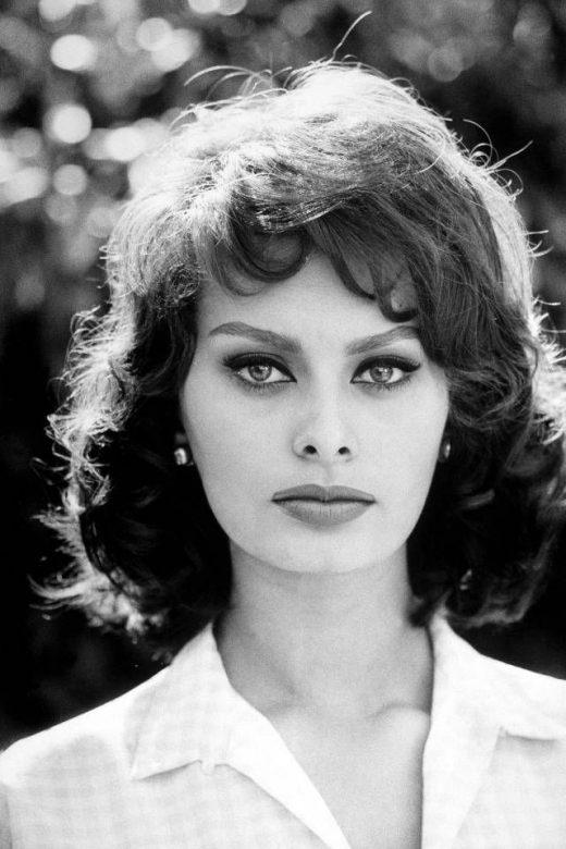 Sophia Loren's Iconic Style In Photographs