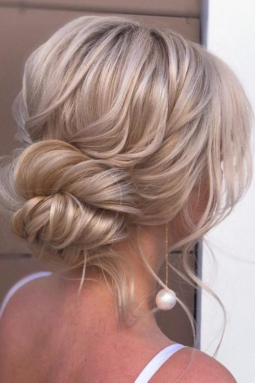 30 Top Wedding Updos For Medium Hair
