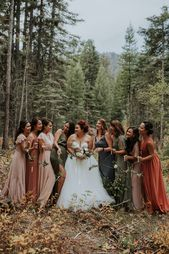 Let the Earthy Autumnal Tones in this No Business Lodge Wedding in McCall, Idaho Inspire Your Color Palette | Junebug Weddings