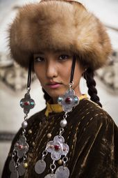 Romanian Photographer Shoots Ladies From 121 Nations To Display That Beauty Is Almost everywhere