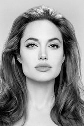 Angelina Jolie Direct 'Captain Marvel' Or 'Wonder Woman'