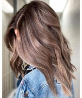 36 Light Brown Hair Colors That Are Blowing Up Right Now