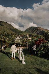 Colorful Eco-Friendly Maui Wedding at Punakea Palms | Junebug Weddings