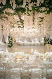 Luxury Southern California All White Wedding | Strictly Weddings
