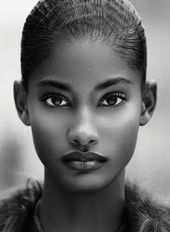 20 Super Styles Expose Their Natural beauty Tricks