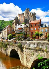 9 Charming Towns In France – Avenly Lane Travel