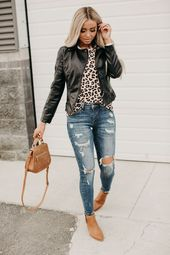 101 Simple Slide Outfit Thoughts You can Love » Lady Decluttered