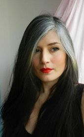 55 inspiring women who stopped dyeing their hair and showed everyone how to own their grey