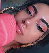 Iconic Makeup Looks To Copy For Valentine's Day This Year – Society19