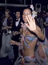 80 Photos That Show the 70s Were an Eternally Cool Era for The Oscars
