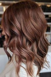 Rose Brown Might Be the Brilliant Brunette-Friendly Shade You've Been Waiting For